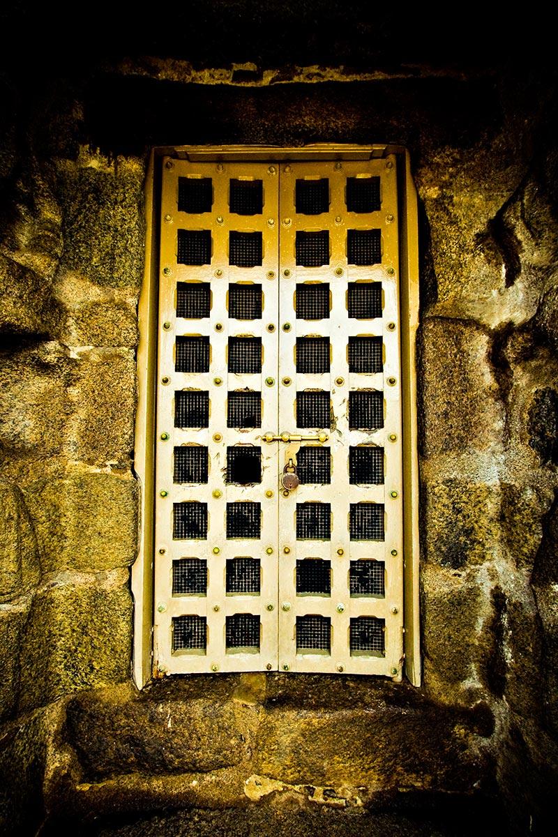 The Golden Door & Detour » The Golden Door pezcame.com